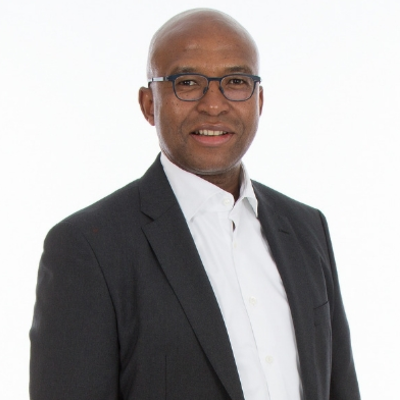 SuperLead Podcast Episode 83 with Vuyo Mpako – Chief Digital and Data Officer at Old Mutual Limited on holistic approach to digital transformation
